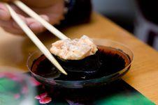 Free Taking Sushi (pecten) Stock Image - 5131501