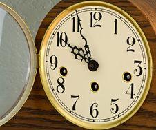 Free Mantle Clock Stock Photo - 5131610