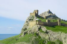 Free Genoese Fortress On Green Mountain Over Sea Royalty Free Stock Images - 5134969