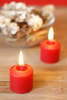 Free Candles And Dried Plants Royalty Free Stock Photos - 5136898