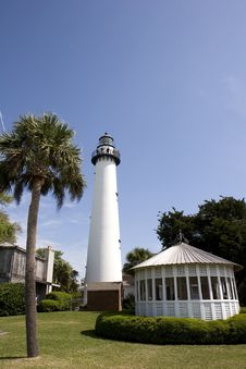 Free Palm Lighthouse And Gazebo Stock Image - 5139521