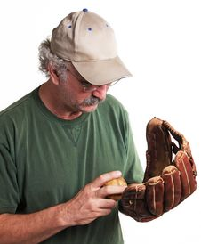 Free Old Ball, Glove, Player Royalty Free Stock Photo - 5140445
