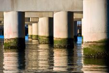 Free Collumn Pattern Over Water Royalty Free Stock Image - 5141776