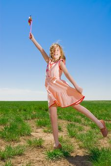 Free Girl Having Fun Royalty Free Stock Images - 5141899
