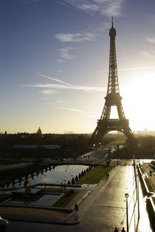 Free Tour D Eiffel Royalty Free Stock Photo - 5142485