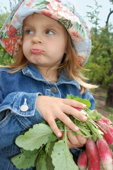 Free Little Girl With Radishes Royalty Free Stock Photos - 5142778