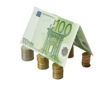 Free Gable Roof Made From Hundred Euro Banknotes Over C Royalty Free Stock Photo - 5143175