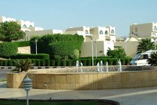 Free Modern Building Near Red Sea. Stock Image - 5146081