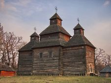Free The Ancient Wooden Monastery Royalty Free Stock Photos - 5147198