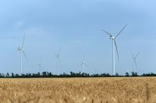 Free A Wind Farm In The Wide Spread Field Royalty Free Stock Images - 51449819