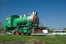 Free Monument To Steam Locomotive Royalty Free Stock Photography - 5151417