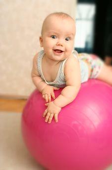 Free The Joyful Child On A Ball Royalty Free Stock Photo - 5151725