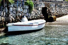 Free Rowboat At Pier Royalty Free Stock Image - 5154226