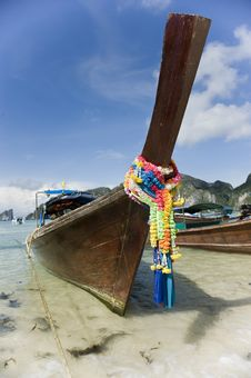 Free Longtail Boat At Koh Phi Phi Stock Photo - 5154910