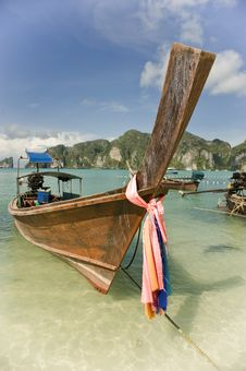 Free Longtail Boat At Koh Phi Phi Stock Photography - 5154922
