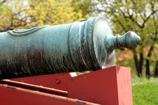 Free Cannon Royalty Free Stock Image - 5156486