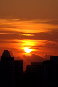 Free Sunrise And City Silhouette Stock Photography - 5156842