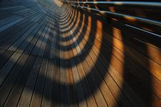 Free Converging Lines And Shadows Royalty Free Stock Images - 5157159