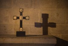 Free Cross Royalty Free Stock Image - 5159116