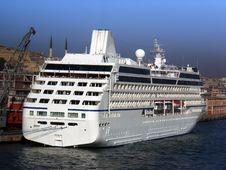 Free Cruiseship In Turkey Royalty Free Stock Photo - 5159555