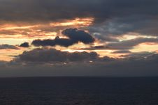 Free Sun Look Throw Clouds Stock Photo - 51500690