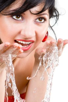 Free Pretty Woman Refreshing The Face Royalty Free Stock Photos - 5160288