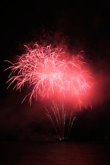 Free Red Fancy Fireworks Royalty Free Stock Image - 5162276