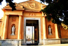 Free Pax, Cemetery Entrance Facade Stock Photography - 5164952