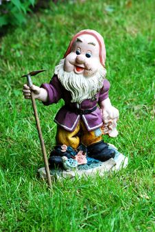 Free Garden Gnome Stock Images - 5166004