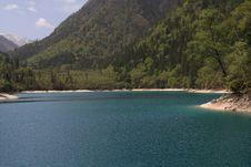 Free Beautiful Lake Royalty Free Stock Photo - 5167605