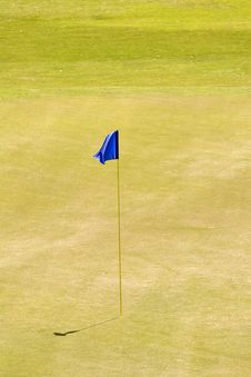 Free Blue Flag On Eighteenth Green Royalty Free Stock Photography - 5168247