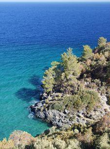 Free The Sea Shore.. Royalty Free Stock Photo - 5168605