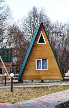 Free Little House. Royalty Free Stock Photo - 5169475