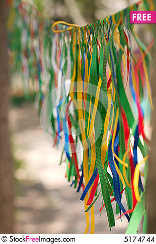Outdoor Decoration: Colourful Ribbons