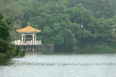Free Pavilion On The Lake Stock Photography - 5173402
