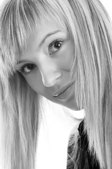 Free Close Up Glamor Girl Posing Royalty Free Stock Image - 5174006