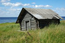 Free Old Wooden Shed On The Lake Bank Royalty Free Stock Photo - 5174545
