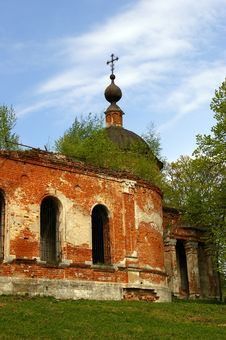 Free Old Russian Destroyed Church Stock Image - 5176201