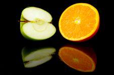 Free Apple & Orange Halves Stock Images - 5176384