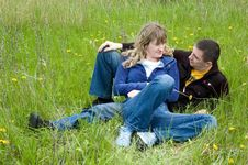 Free Girl And  Guy Lay On A Grass Stock Photography - 5176412