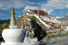 Free The Dagobas And The Potala Palace Stock Photos - 5176433