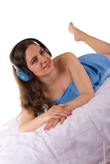 Free Beautiful Girl In Blue Towel With Headphones Royalty Free Stock Photos - 5177388