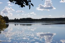 Free Lake And Clouds Stock Photo - 5178270
