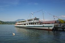 Free Lake Cruise Ship Royalty Free Stock Photos - 5178898