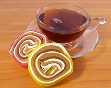 Free Fruit Candy And Black Tea Royalty Free Stock Photography - 5182207
