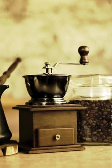 Free Coffee - Grinder Stock Photos - 5188943