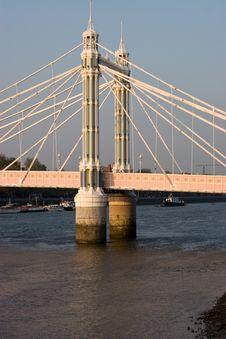 Free Albert Bridge Pylon Stock Photography - 5188972