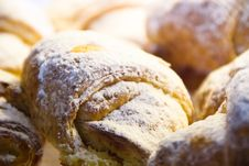 Free Delicious Looking Pastry Royalty Free Stock Images - 5189459