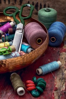 Free Threads And Other Tools Dressmaker Stock Photos - 51837393