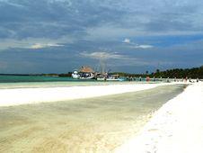 Free White Beach On A Island Stock Image - 5190461